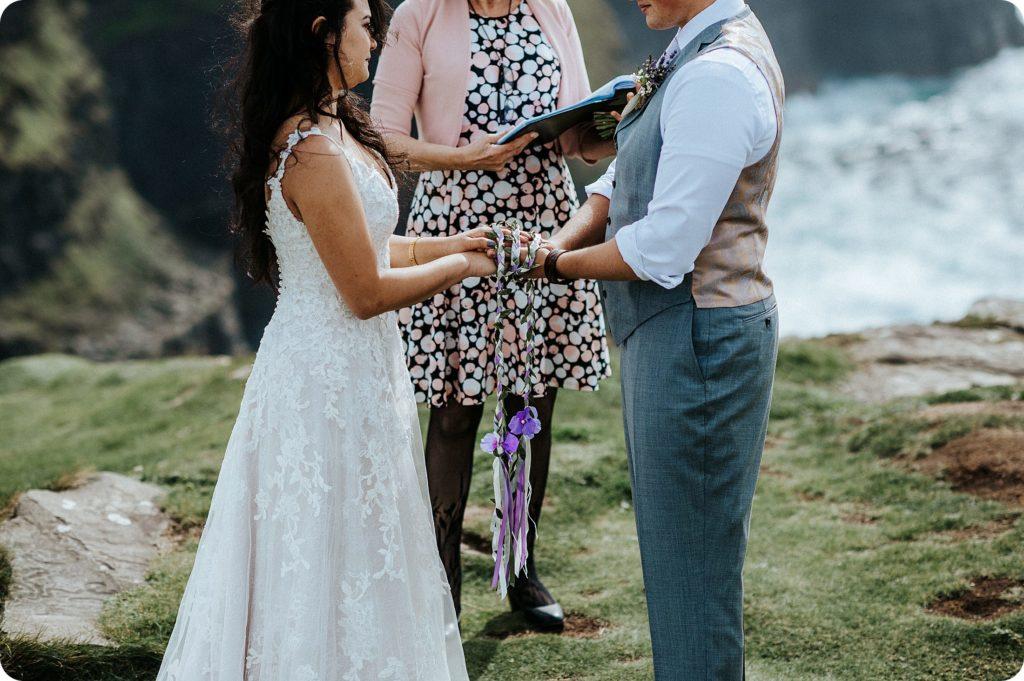 elopement cliffs of moher wedding wedding photography ireland00036
