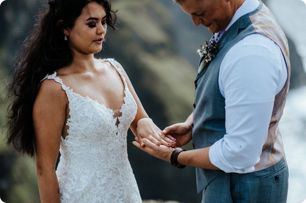 elopement cliffs of moher wedding wedding photography ireland00045