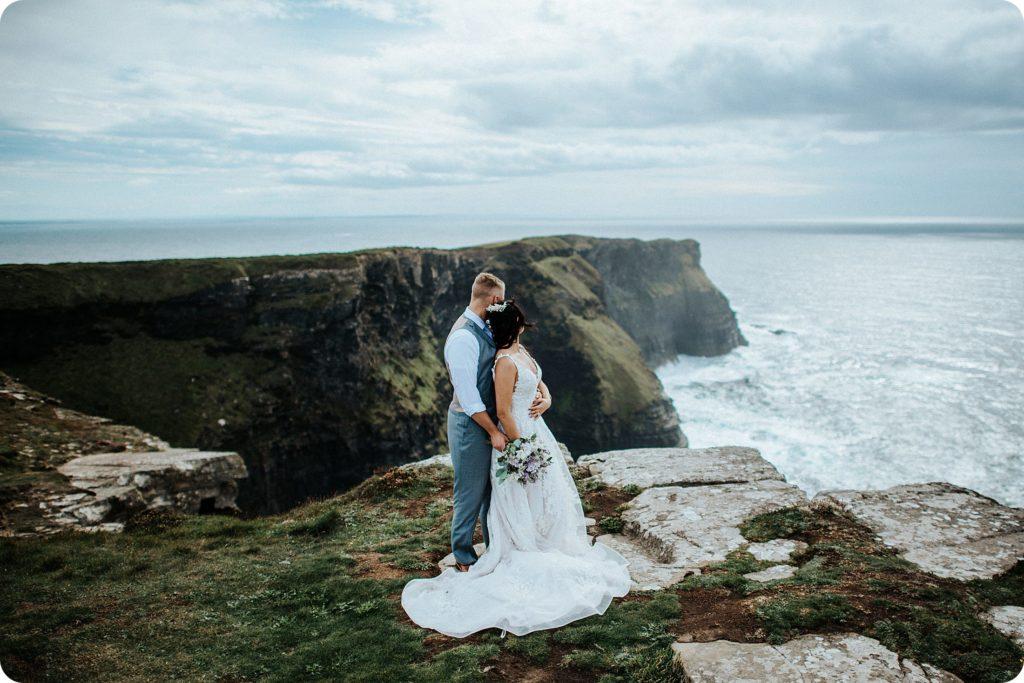 elopement cliffs of moher wedding wedding photography ireland00048