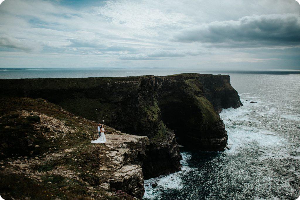 elopement cliffs of moher wedding wedding photography ireland00055