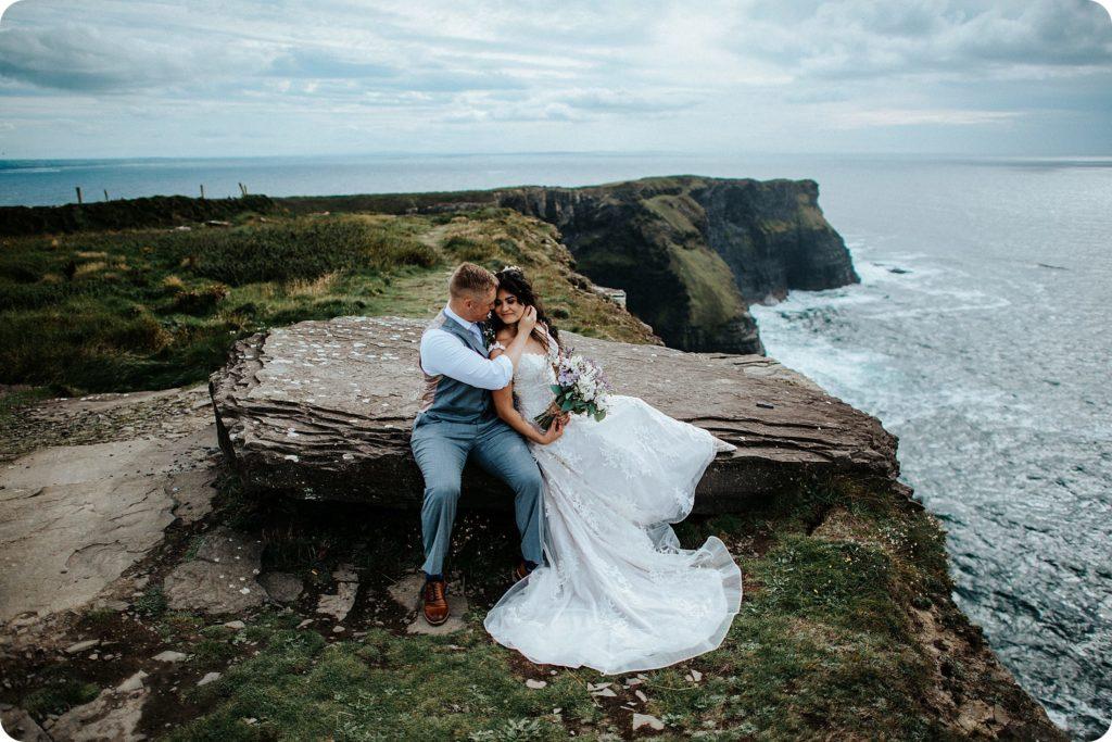 elopement cliffs of moher wedding wedding photography ireland00060