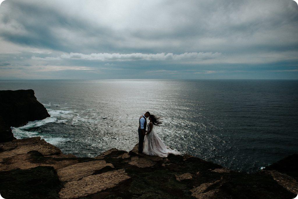 elopement cliffs of moher wedding wedding photography ireland00070