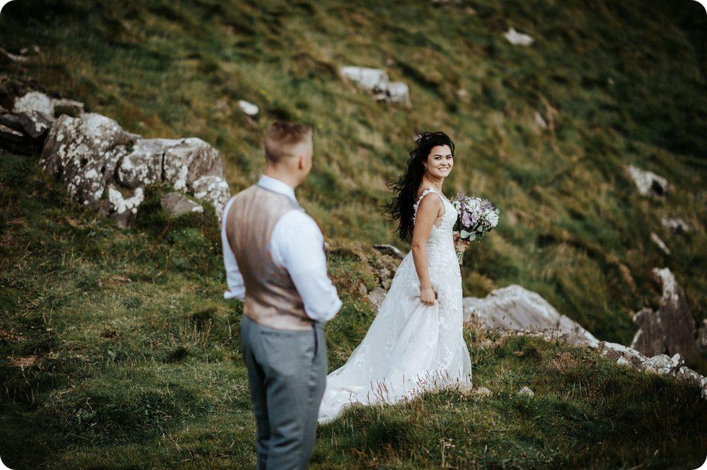 elopement cliffs of moher wedding wedding photography ireland00082