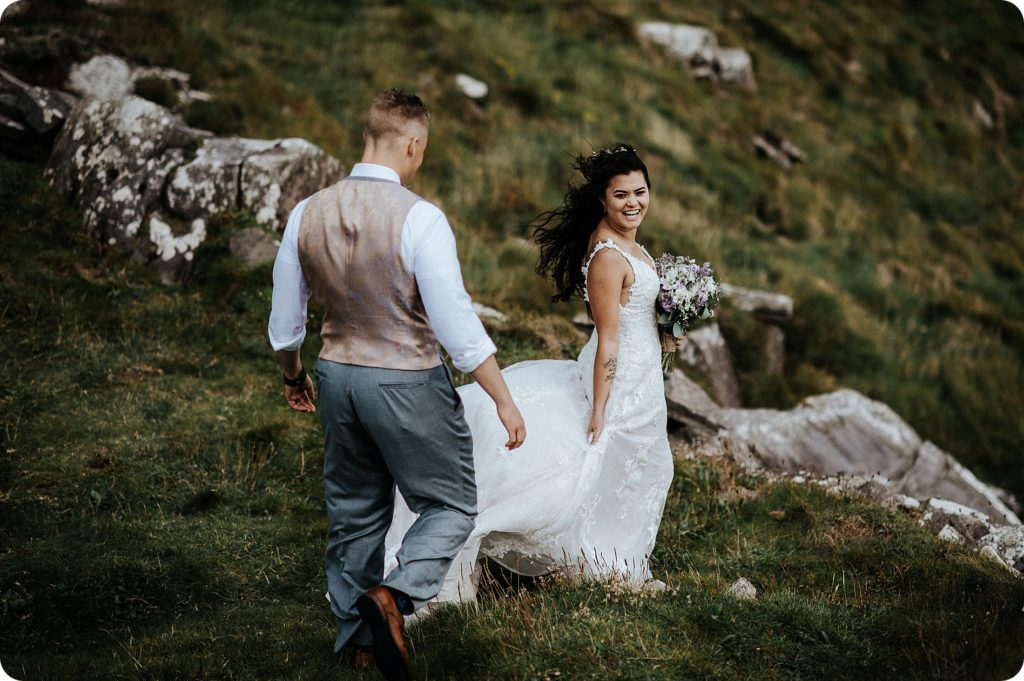 elopement cliffs of moher wedding wedding photography ireland00083