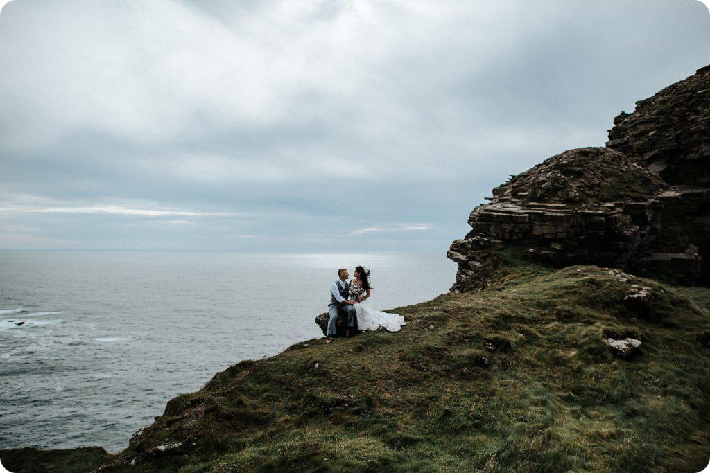 elopement cliffs of moher wedding wedding photography ireland00084