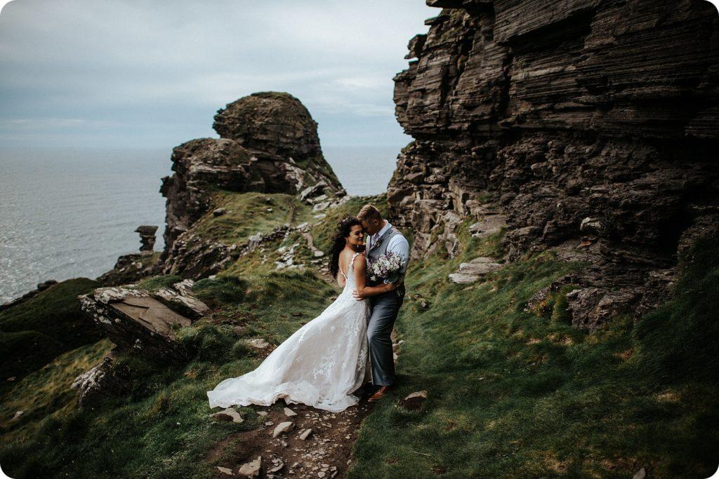 elopement cliffs of moher wedding wedding photography ireland00086