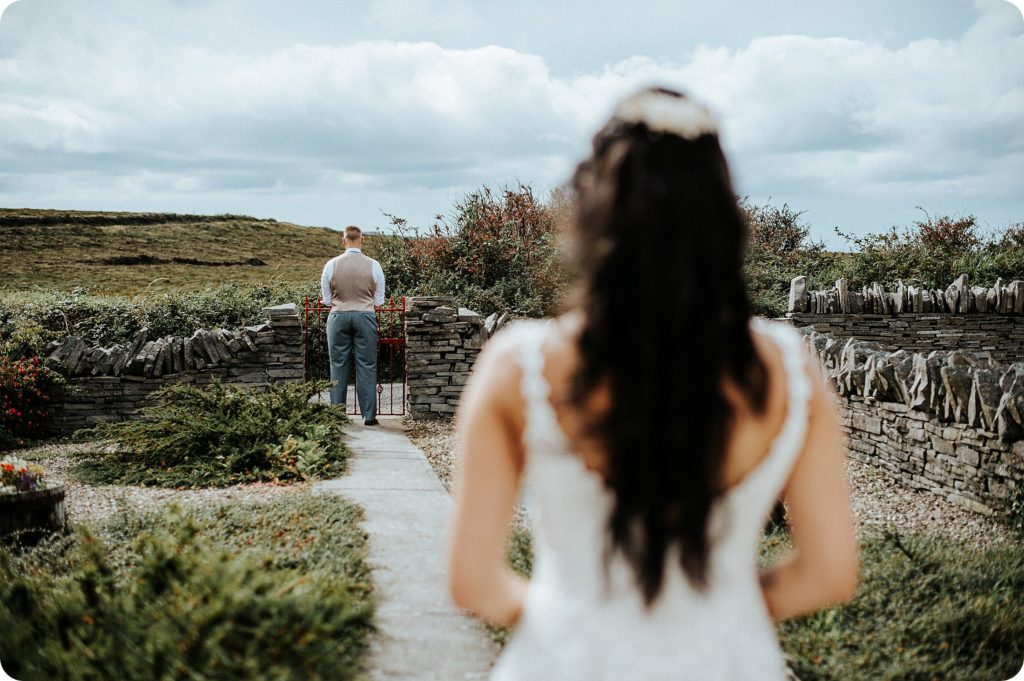 elopement cliffs of moher wedding wedding photography ireland00017