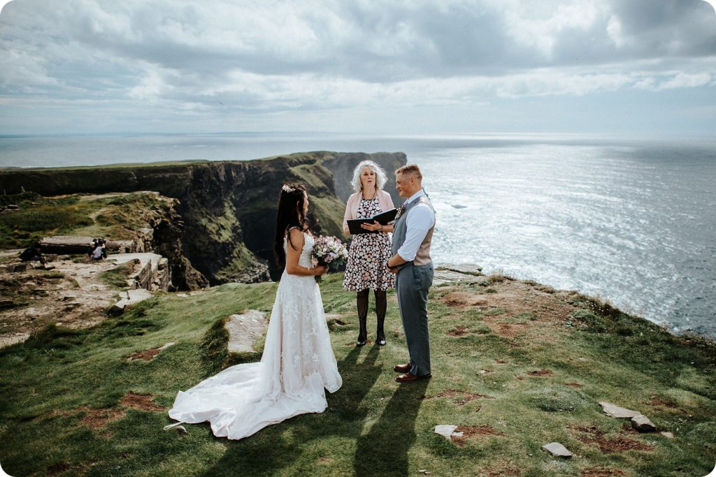 elopement cliffs of moher wedding wedding photography ireland00028