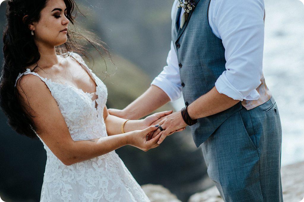 elopement cliffs of moher wedding wedding photography ireland00044