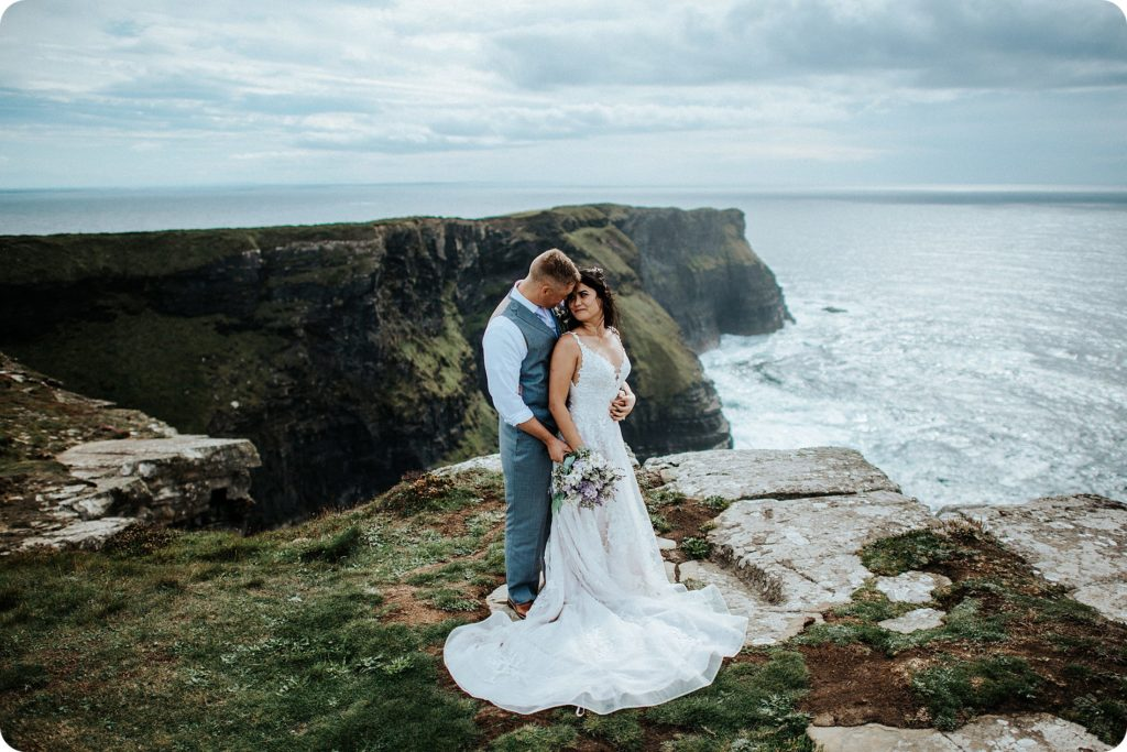 elopement cliffs of moher wedding wedding photography ireland00049