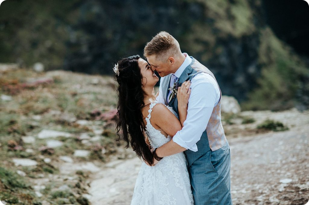 elopement cliffs of moher wedding wedding photography ireland00053