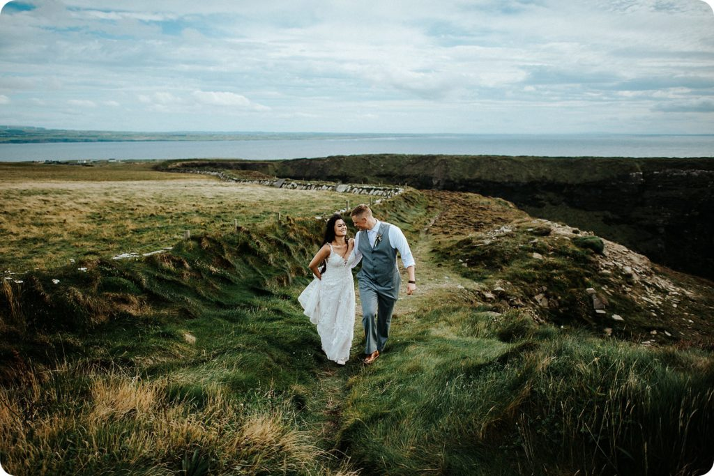elopement cliffs of moher wedding wedding photography ireland00056