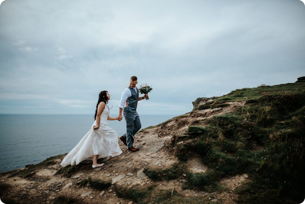 elopement cliffs of moher wedding wedding photography ireland00061