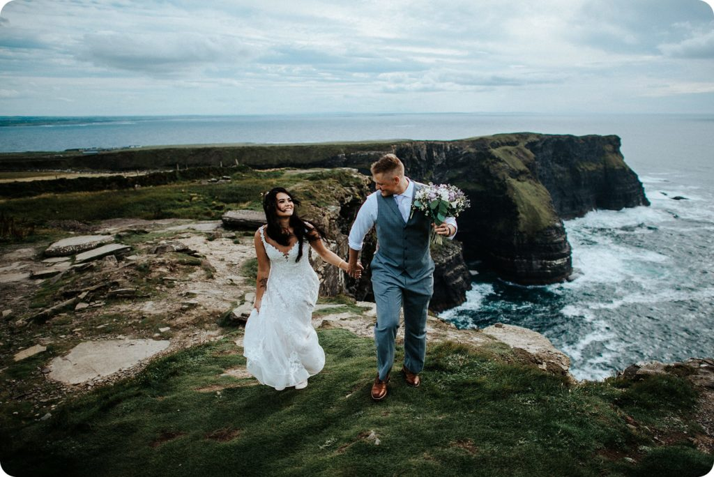 elopement cliffs of moher wedding wedding photography ireland00062