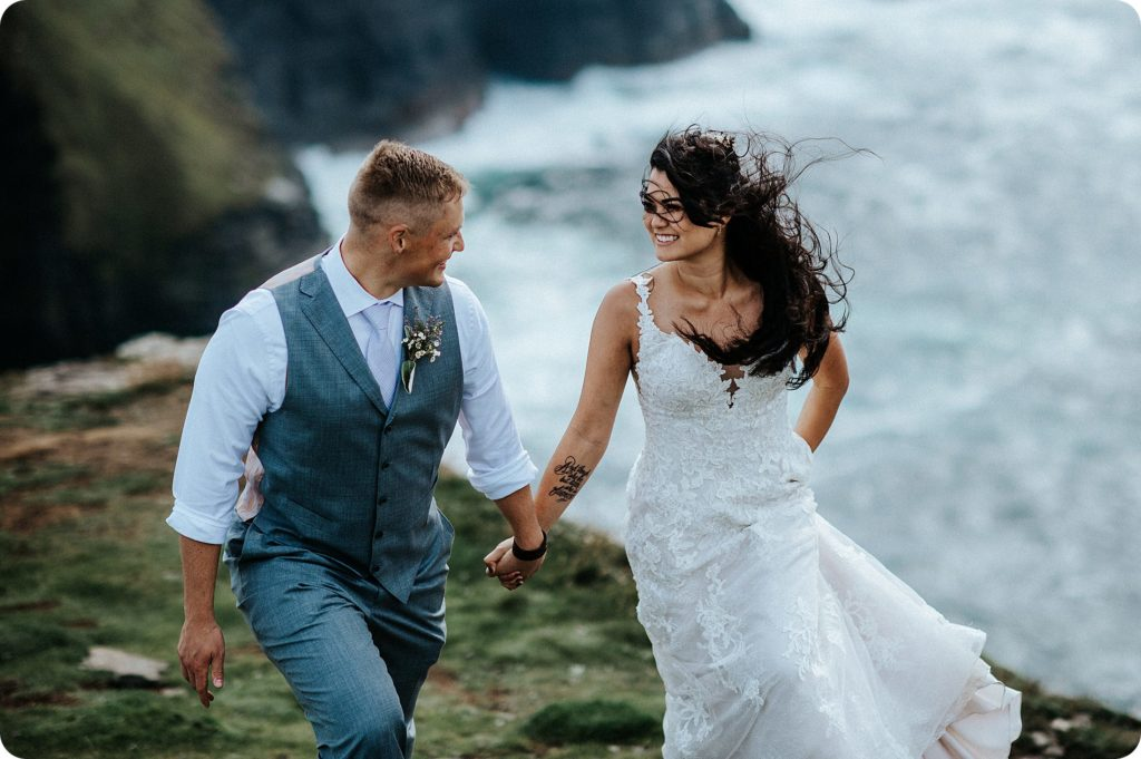 elopement cliffs of moher wedding wedding photography ireland00066