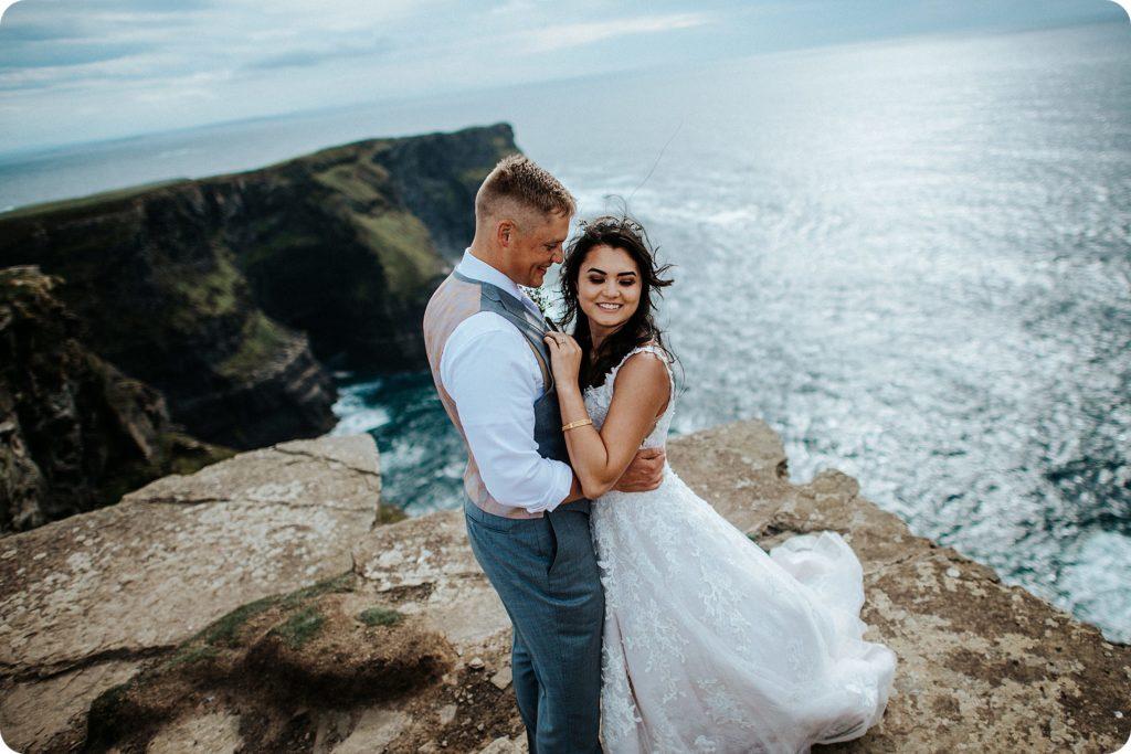 elopement cliffs of moher wedding wedding photography ireland00069