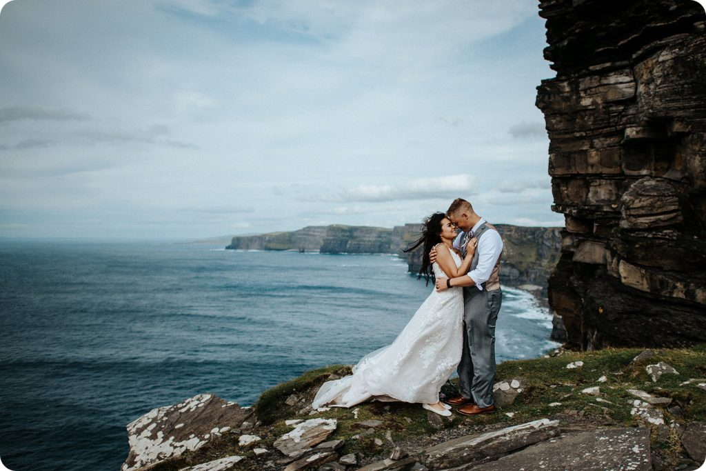 elopement cliffs of moher wedding wedding photography ireland00078