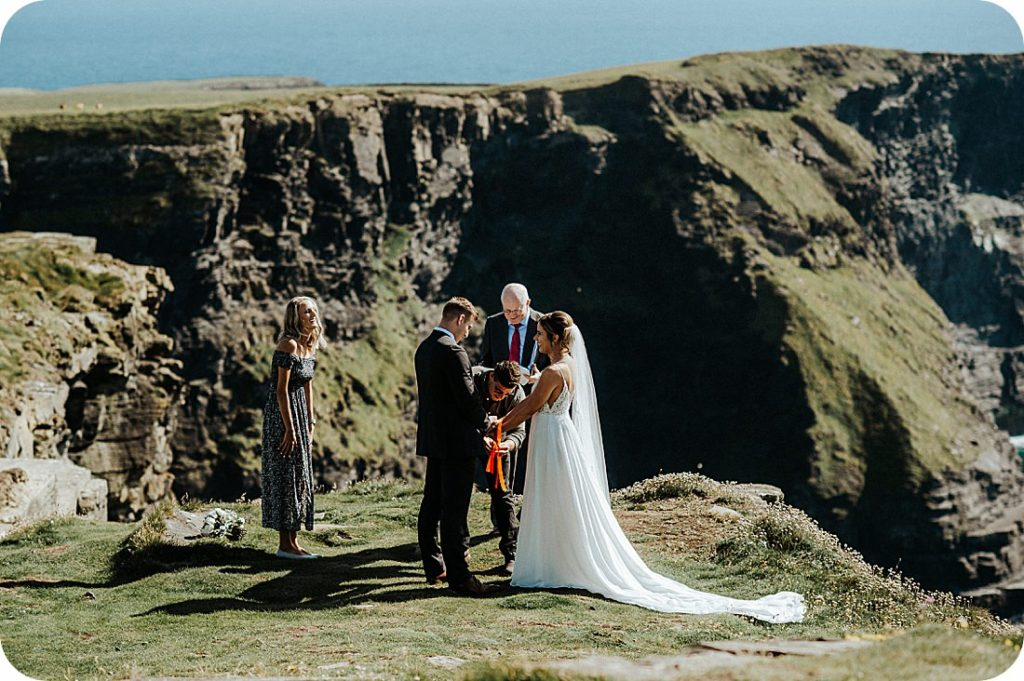 HagsHead co. Clare, elopement wedding at the Cliffs of Ireland