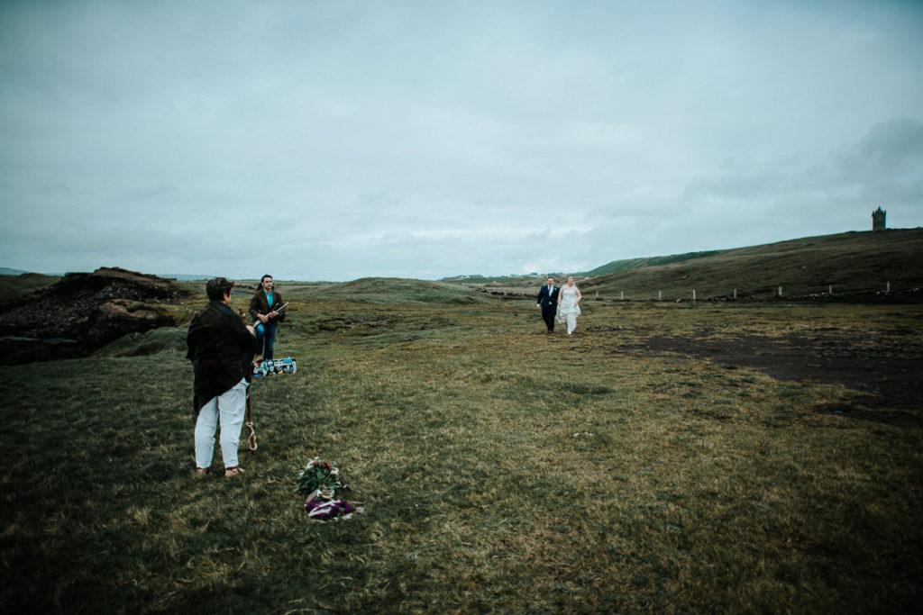 cliffs of moher wedding 00031