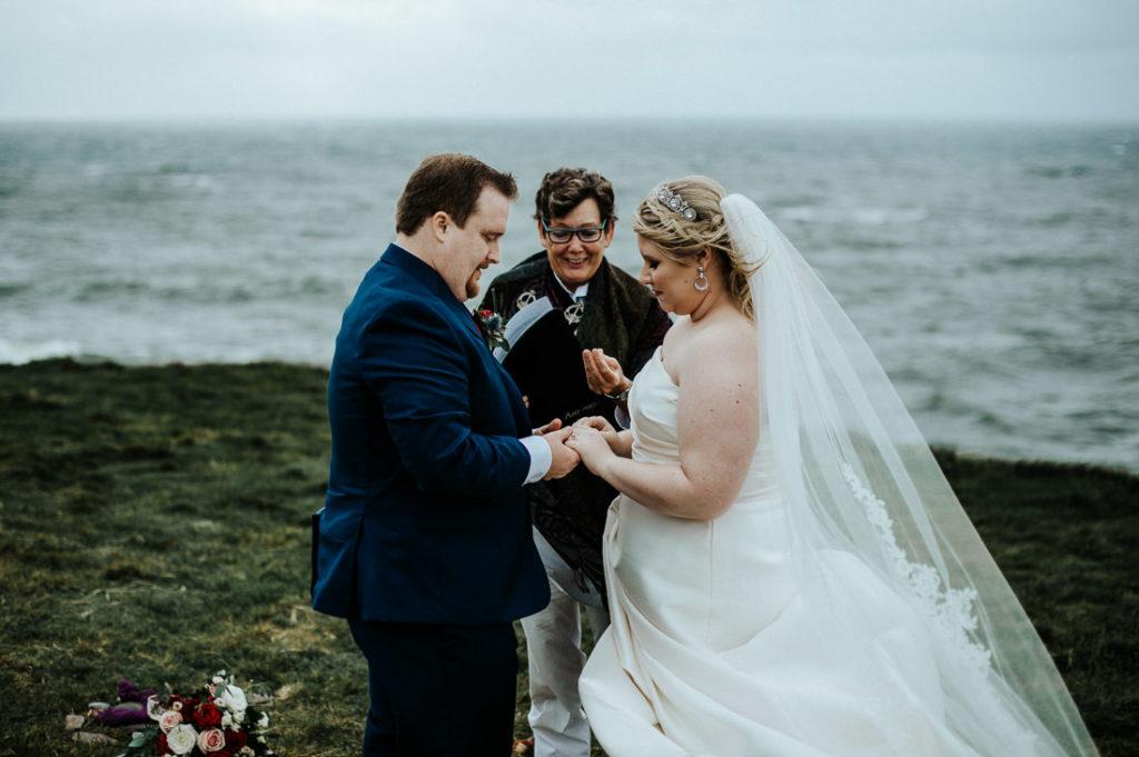 cliffs of moher wedding 00037