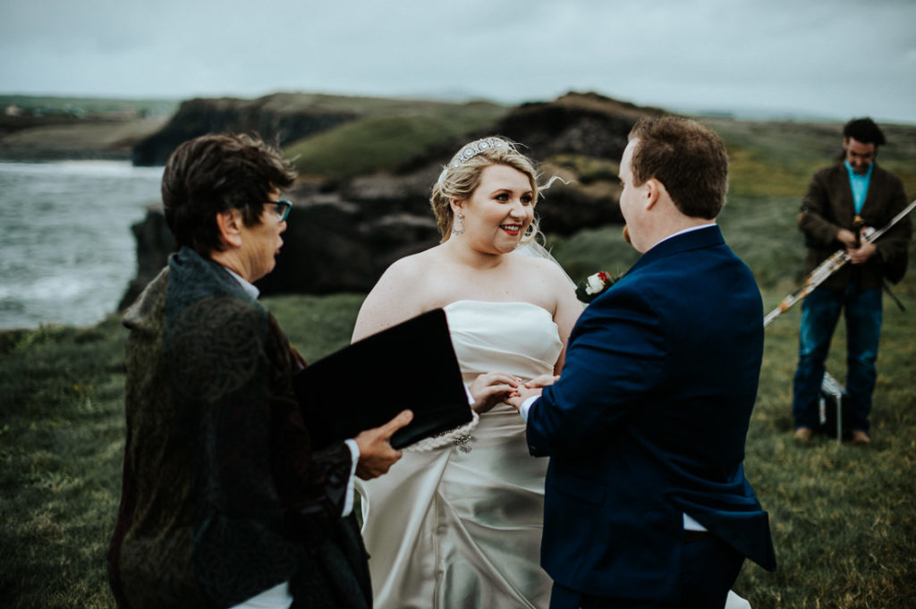 cliffs of moher wedding 00038