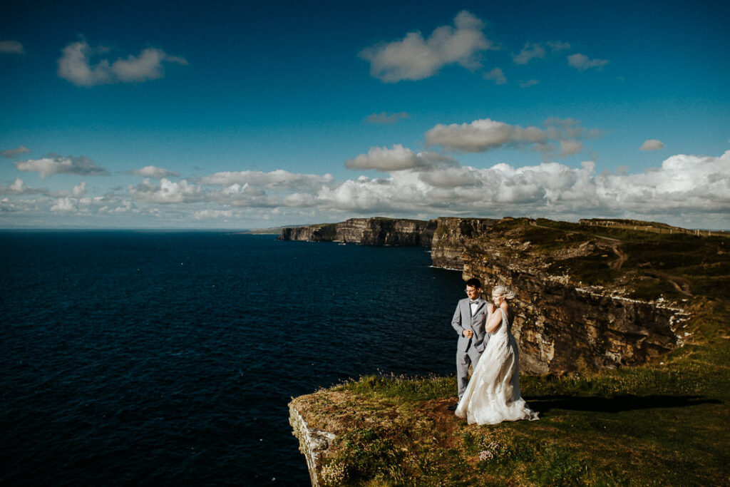 cliffs of moher wedding 12