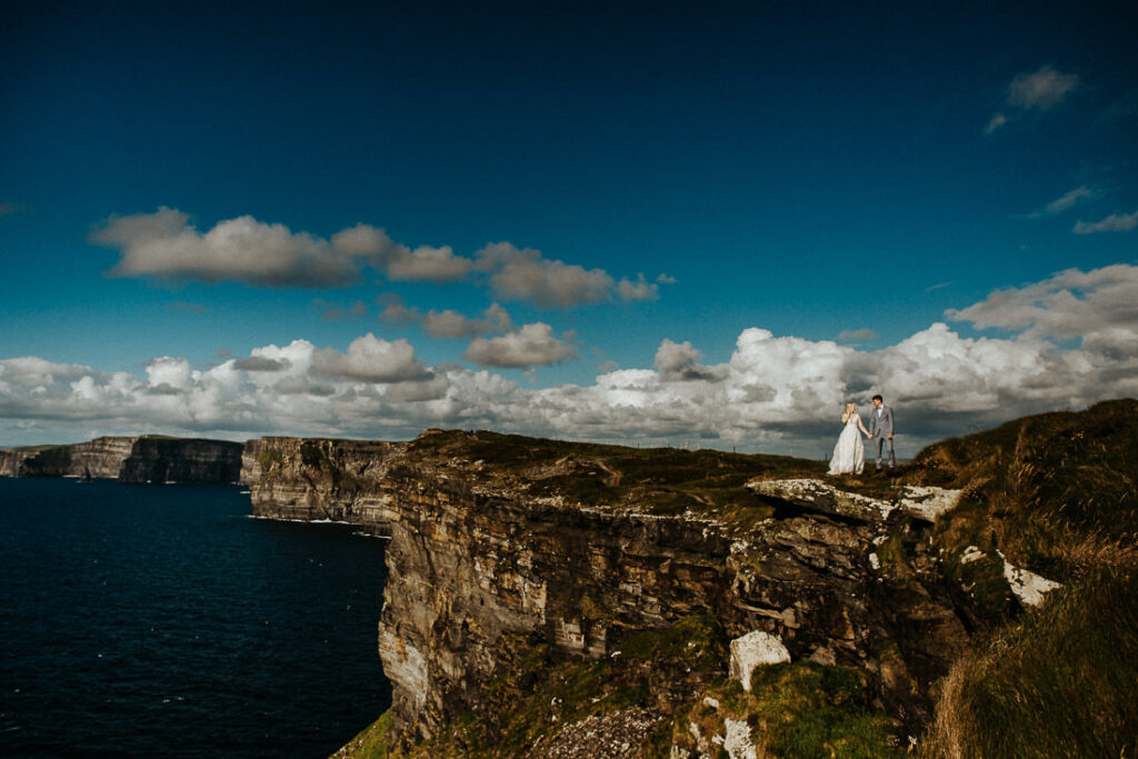 cliffs of moher wedding 13