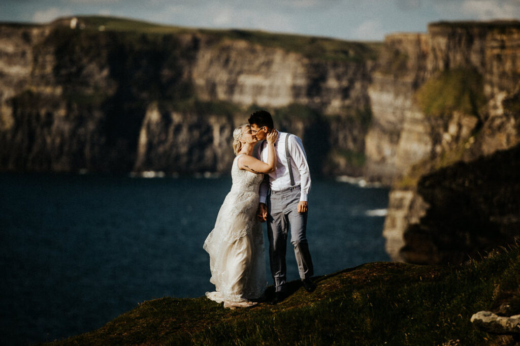 cliffs of moher wedding 17