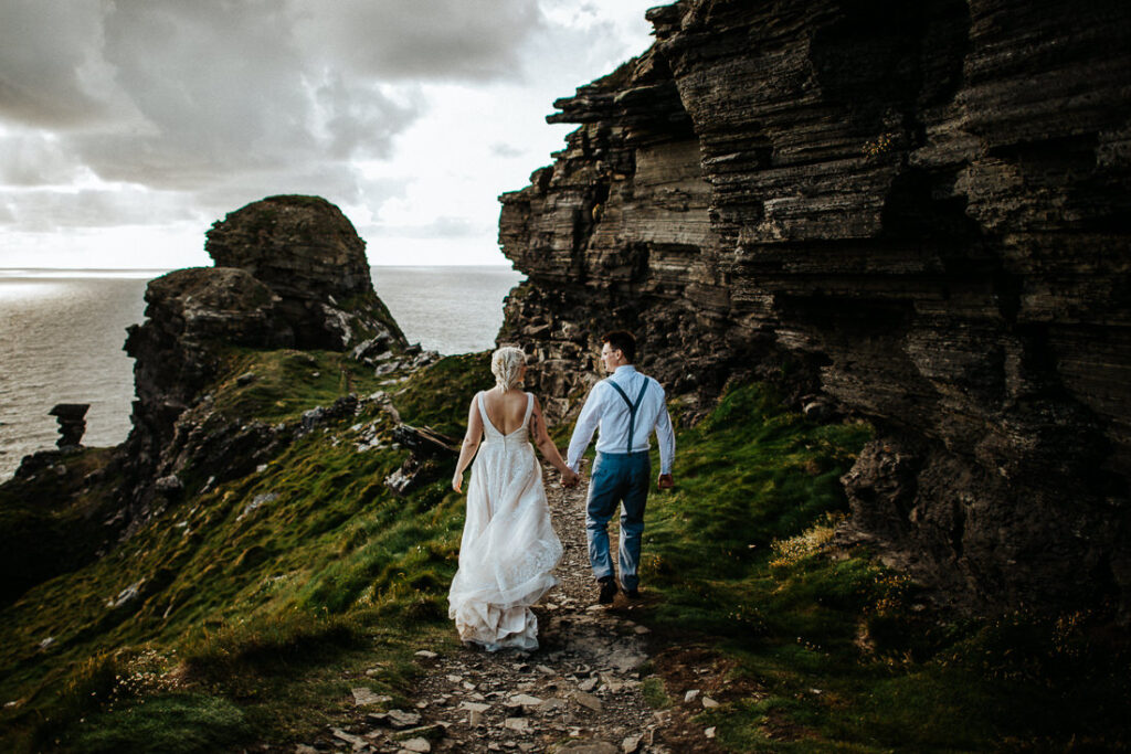 cliffs of moher wedding 19