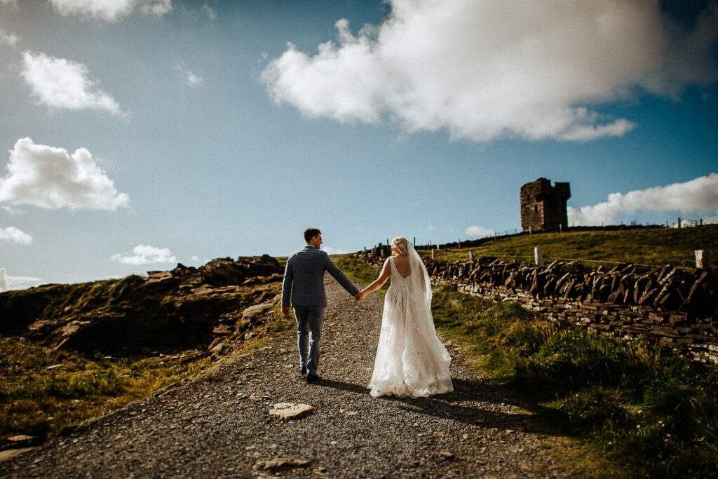 cliffs of moher wedding 2