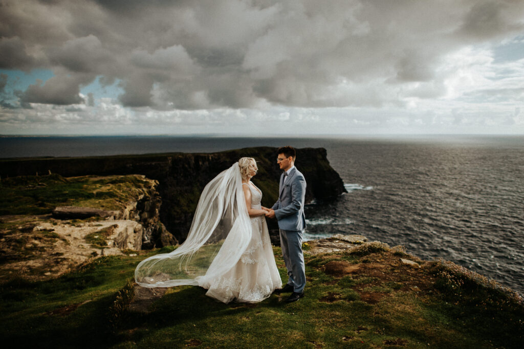 cliffs of moher wedding 3