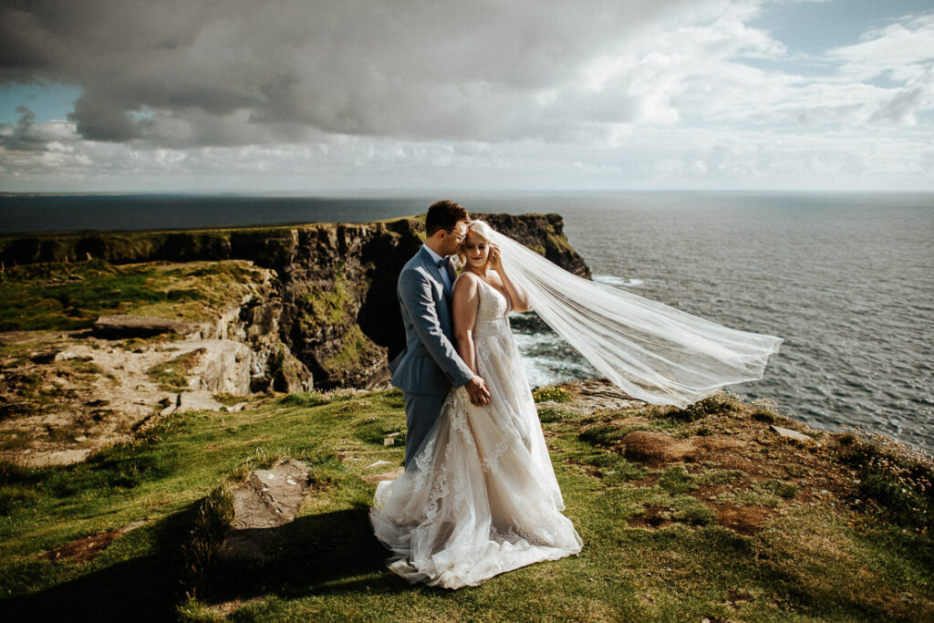 cliffs of moher wedding 5