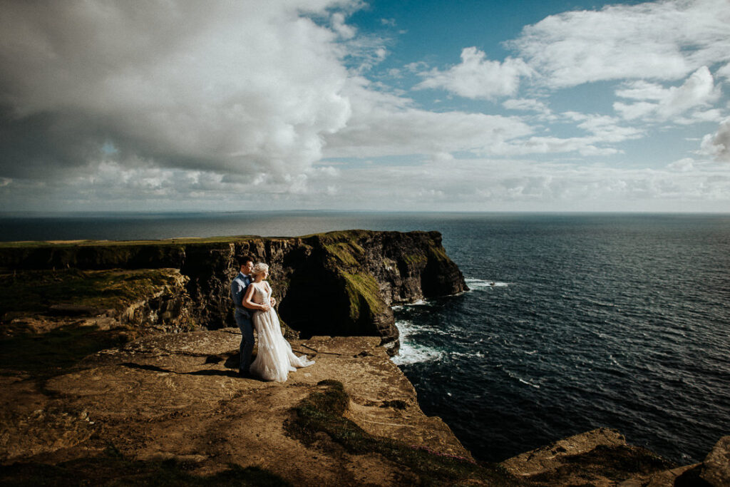 cliffs of moher wedding 7